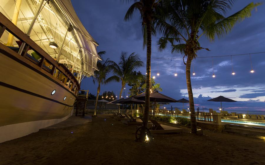 Atlantis Beach Club In Labuan Bajo 2 Jpg